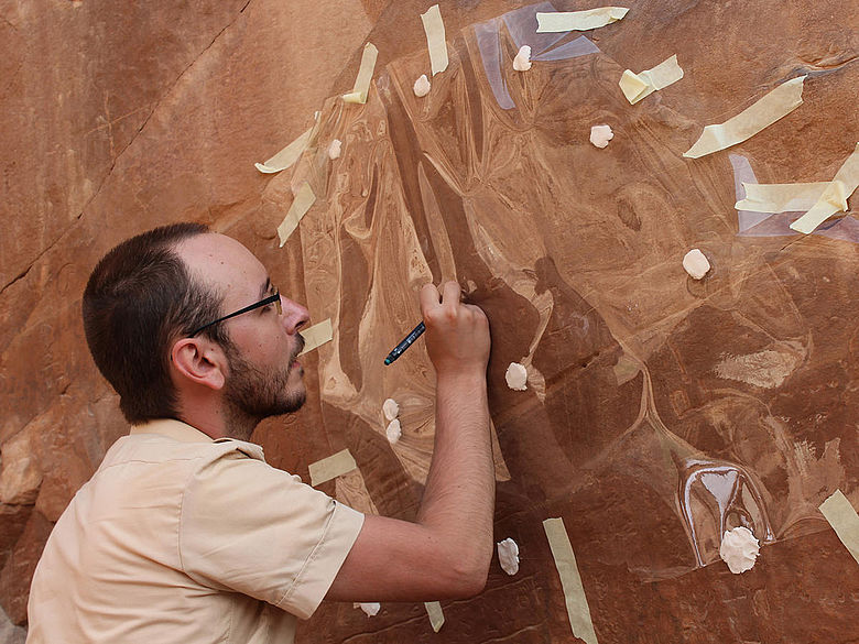 Kopieren einer ägyptischen Inschrift