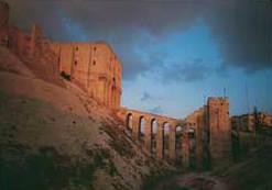 Der ayyubidische Torbau der Zitadelle von Aleppo (Foto: M. Straßburger)