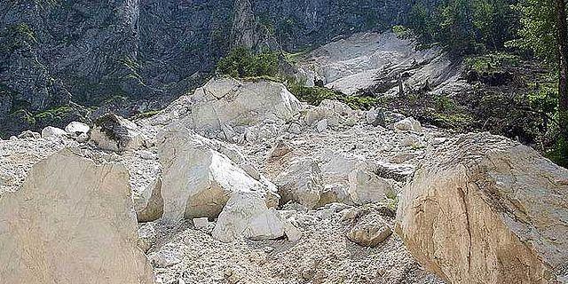 Naturkatastrophe in den Alpen