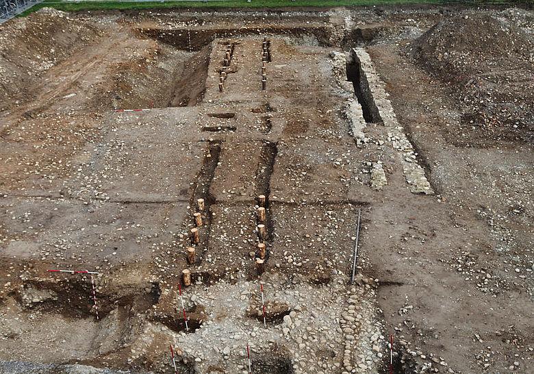 Holz-Erde-Mauer im archäologischen Befund