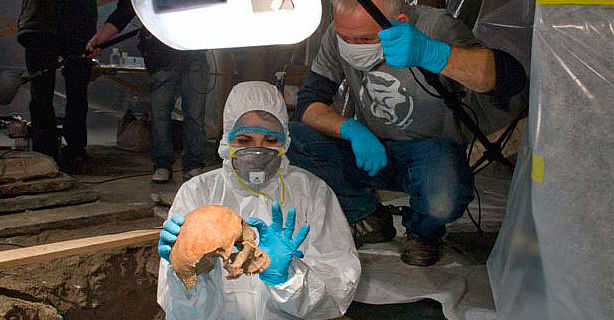 Exhumierung des Skeletts