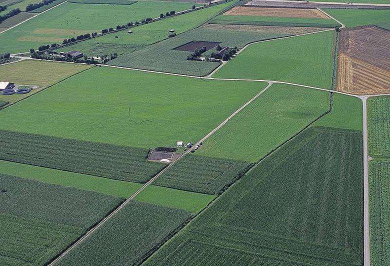Luftbild der Grabung in Herbertingen-Bettelbühl (© LDA Baden-Württemberg)