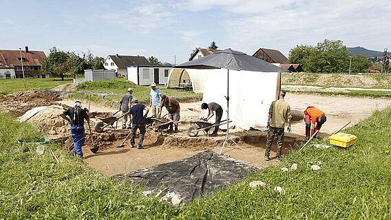 Der Feldkurs für Freiwillige fand zum ersten Mal auf einer prähistorischen Ausgrabung statt