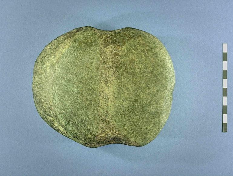 Bronzezeitlicher Geröllschlägel