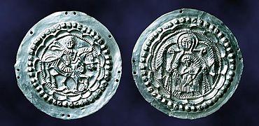 Silberne Schmuckscheiben eines Pferdegeschirrs, sogenannte Phaleren
