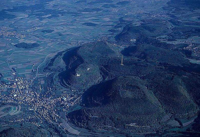 Luftbild Rosenstein (Mitte), Mittelberg (links) und Hochberg (rechts)