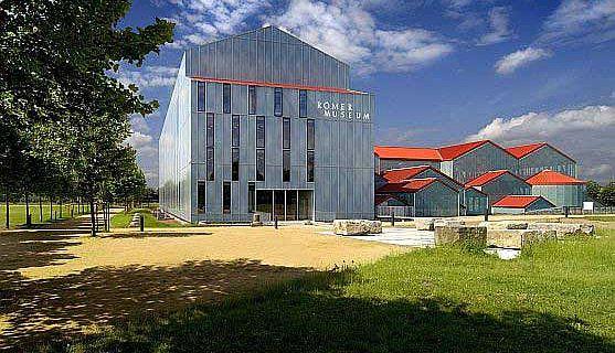 Das LVR RömerMuseum in Xanten (Foto: Axel Thünker DGPh)