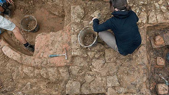 römische Badewanne