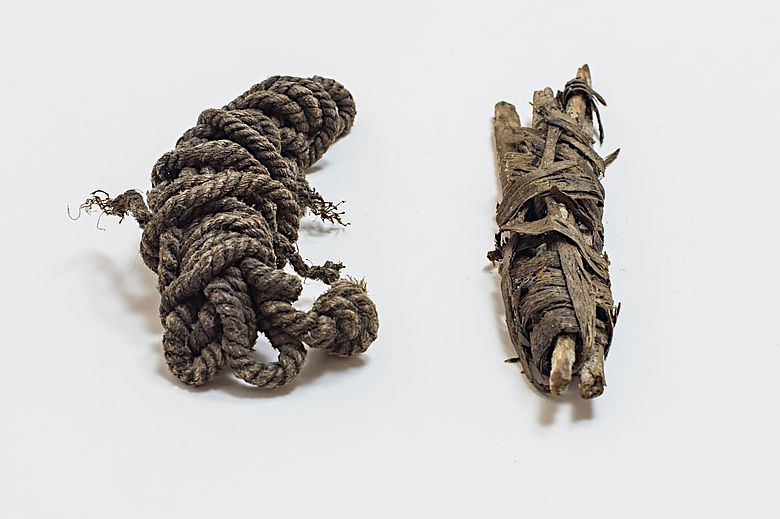 Ötzis Bogensehne und Sehnenbündel