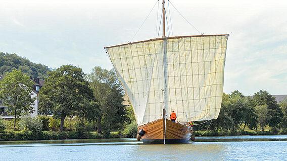 Nachbau römisches Handelsschiff auf der Mosel