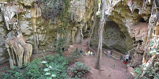 Höhlengrabung in Kenia