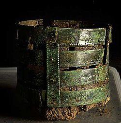 Einer der sechs gefundenen Daubeneimer. (Foto: English Heritage)