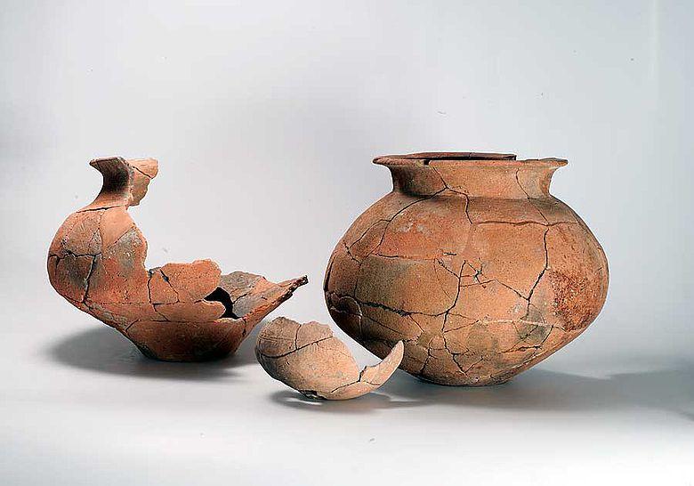 3300 Jahre alte Gefässe aus Kleinbasel (Foto: Archäologische Bodenforschung Basel)