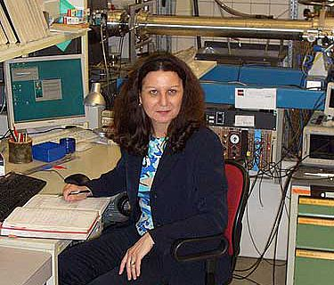 Eva Maria Wild im VERA-Labor (Foto: Universität Wien)