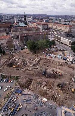 Überblick über die Grabung auf dem Dresdner Neumarkt. © Landesamt für Archäologie Sachsen