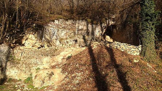 Eingang zur Grotte du Renne