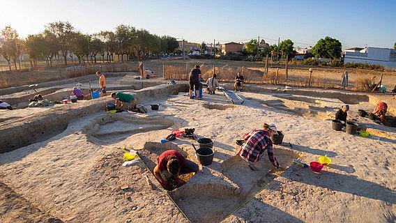 Ausgrabung in chalkolithischer Siedlung bei Sevilla