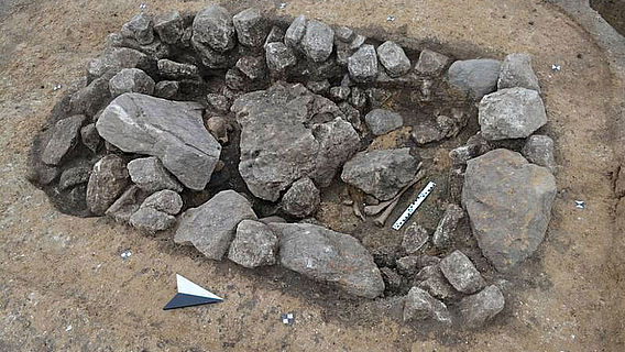 Steinpackungsgrab der Aunjetitzer Kultur