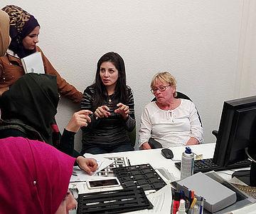 Irakische Archivarinnen