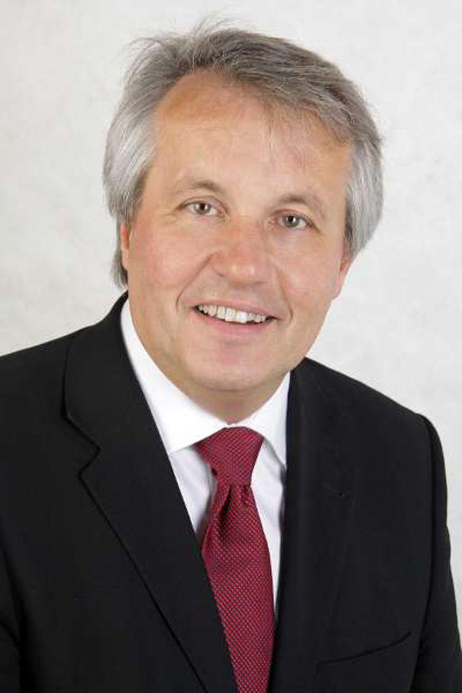 Dr. Wolfgang David