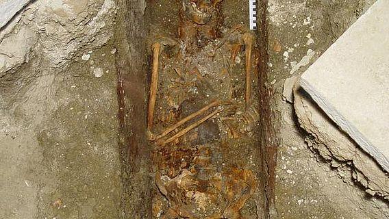 Eine der beiden bei der Grabung freigelegten Bestattungen
