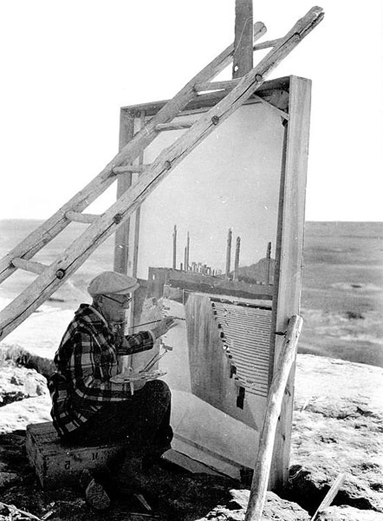 Persepolis: Der Grabungsarchitekt Friedrich Krefter beim Malen (Foto: DAI Teheran, aus dem Nachlass Friedrich Krefter)