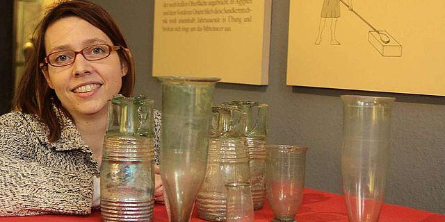 Trinkgefäße aus dem vierten Jahrhundert