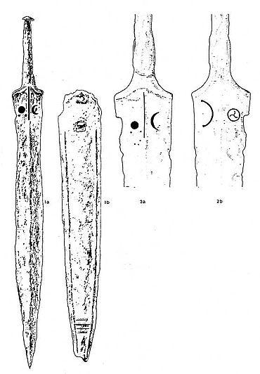 Abb. 1| Das Schwert und die Scheide. Zeichnung nach H. Dannheimer »wohl vom Ausgräber Meichelböck«. 1a und 2a: Vorderseite Schwert, 2b: Rückseite Schwert; 1b: Rückseite Scheide