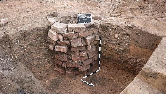 Freigelegter Brunnen