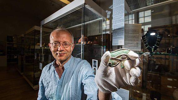 Amulett in Form eines Udjat-Auges aus dem 1. Jahrtausend v. Chr.