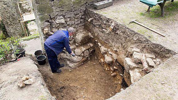 Originalmauerwerk der Burgmauer
