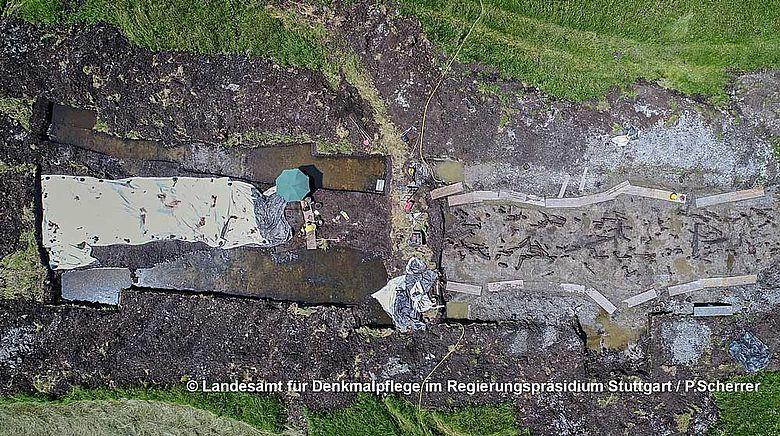 Grabungsfläche in Bad Buchau im Luftbild