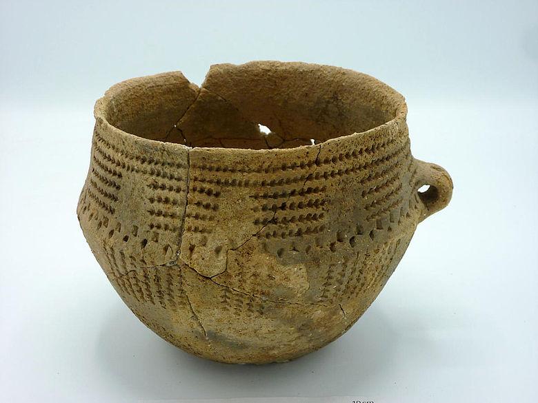 Neolithisches Keramikgefäß