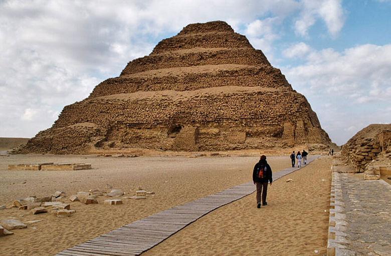 Stufenpyramide von Pharao Djoser in Saqqara
