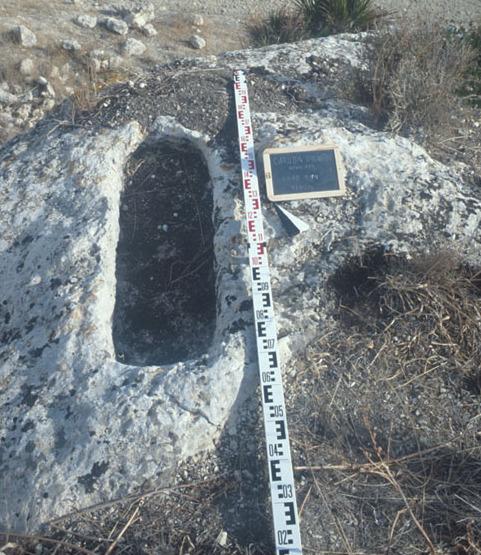 Carruba Grande: Spätrömische oder byzantinische Nekropole. (Foto: Bochumer Gela-Survey)