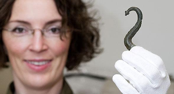 Schließe eines römischen Kettenpanzers
