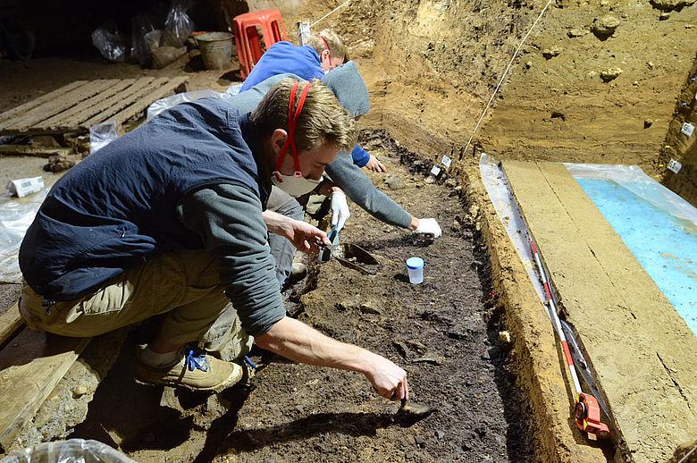 Ausgrabungen in der Bacho-Kiro-Höhle