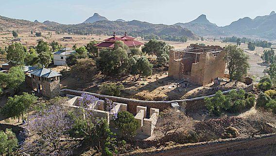 Luftbild von Yeha im Norden Äthiopiens