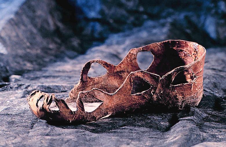 Bronzezeitlicher Kinderschuh