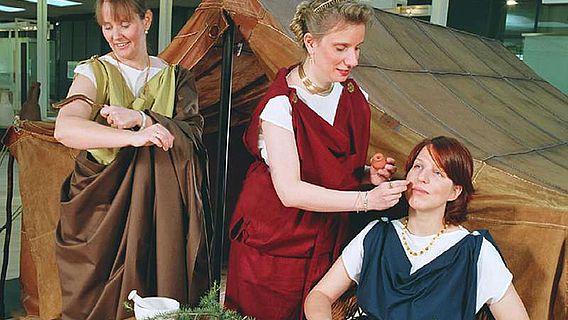 Viele römische Begleiterinnen und Begleiter führten in den vergangenen 20 Jahren Besucher auf unkonventionelle Weise durch das Museum