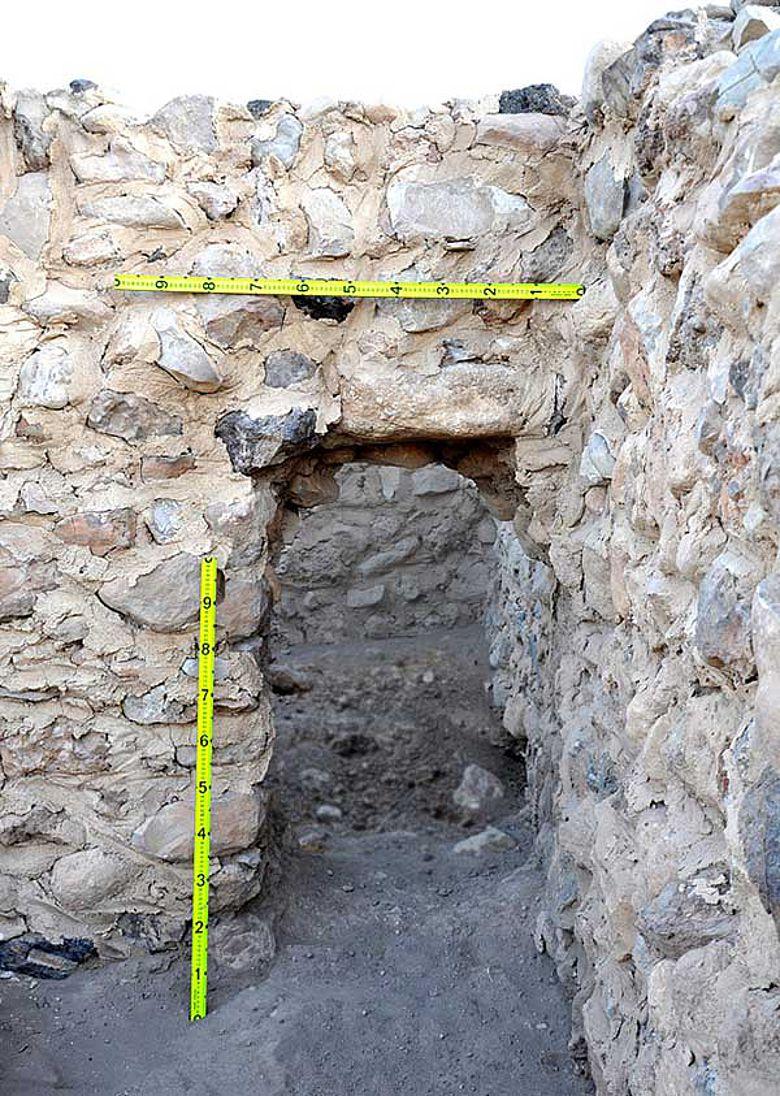 Tür zwischen zwei Räumen, ca. 1100 v.Chr.