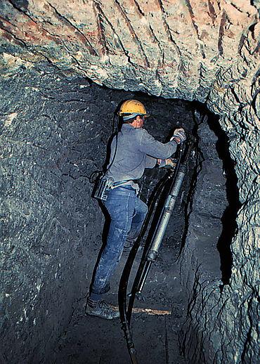 Ausgrabung mit Presslufthammer