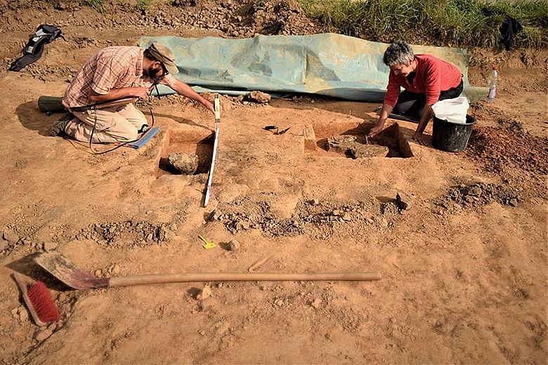 Ausgrabung eisenzeitlicher Befunde in Herford-Eickum