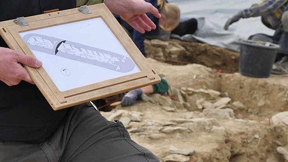 Ausgrabung Megalithgrab Büren
