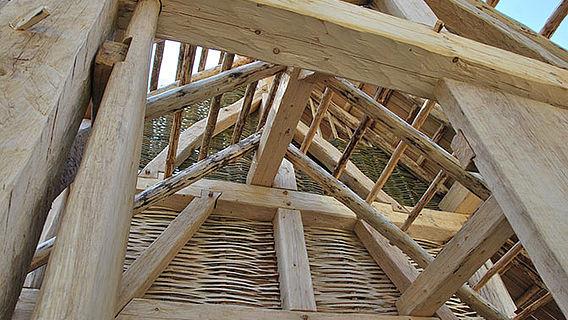 Rekonstruktion des keltischen Versammlungshauses
