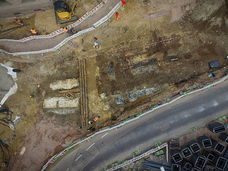 Fundamente der Stadtmauer in Halle