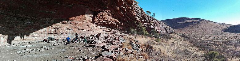 Ausgrabung Kalahari-Wüste