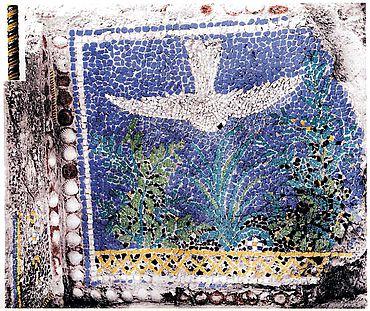 Das Mosaik vom Posilipo. Links oben die Vergrößerung eines Abschnittes des tordierten Glasstabes. Koloriertes Schwarzweiß-Foto bei Günther