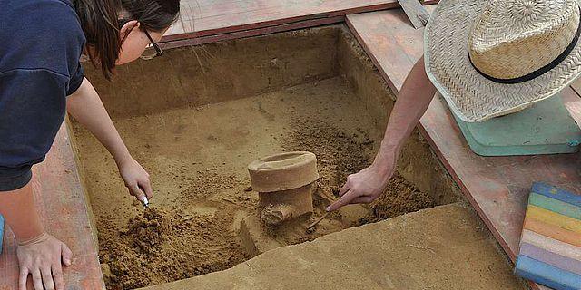 Bei den Begräbnisfeierlichkeiten vor 2.000 Jahren wurde Wein aus Italien getrunken