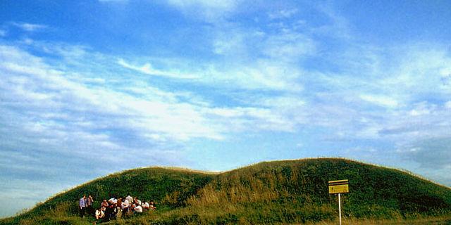 Häuptlingsgräber der Aunjetitzer Kultur (2200 - 1800 BC)